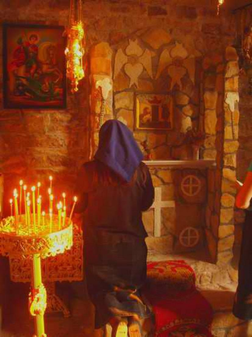 Η προσευχή της μάνας δεν συγκρίνεται με τίποτα σε αυτό τον κόσμο |  iEllada.gr