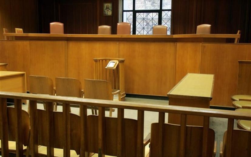 Με πιστοποιητικό εμβολιασμού ή τεστ η είσοδος στα δικαστήρια.