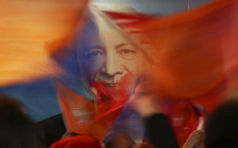 Αποτέλεσμα εικόνας για Η Τουρκία σε κινούμενη άμμο… Καζάνι που βράζει και θα εκραγεί, νομοτελειακά