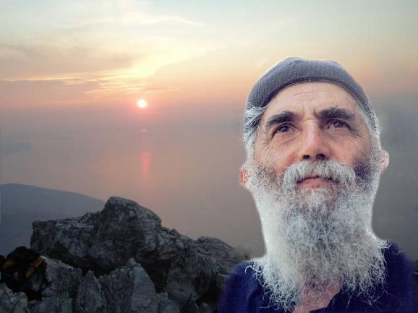 Αποτέλεσμα εικόνας για Άγιος Παΐσιος:Να στηριχθήτε ακόμη περισσότερο στον Θεό.. Θα έχουμε πιο δύσκολα χρόνια..